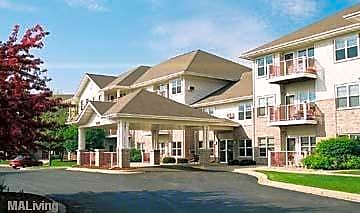 Sherman Glen Apartments for rent in Madison