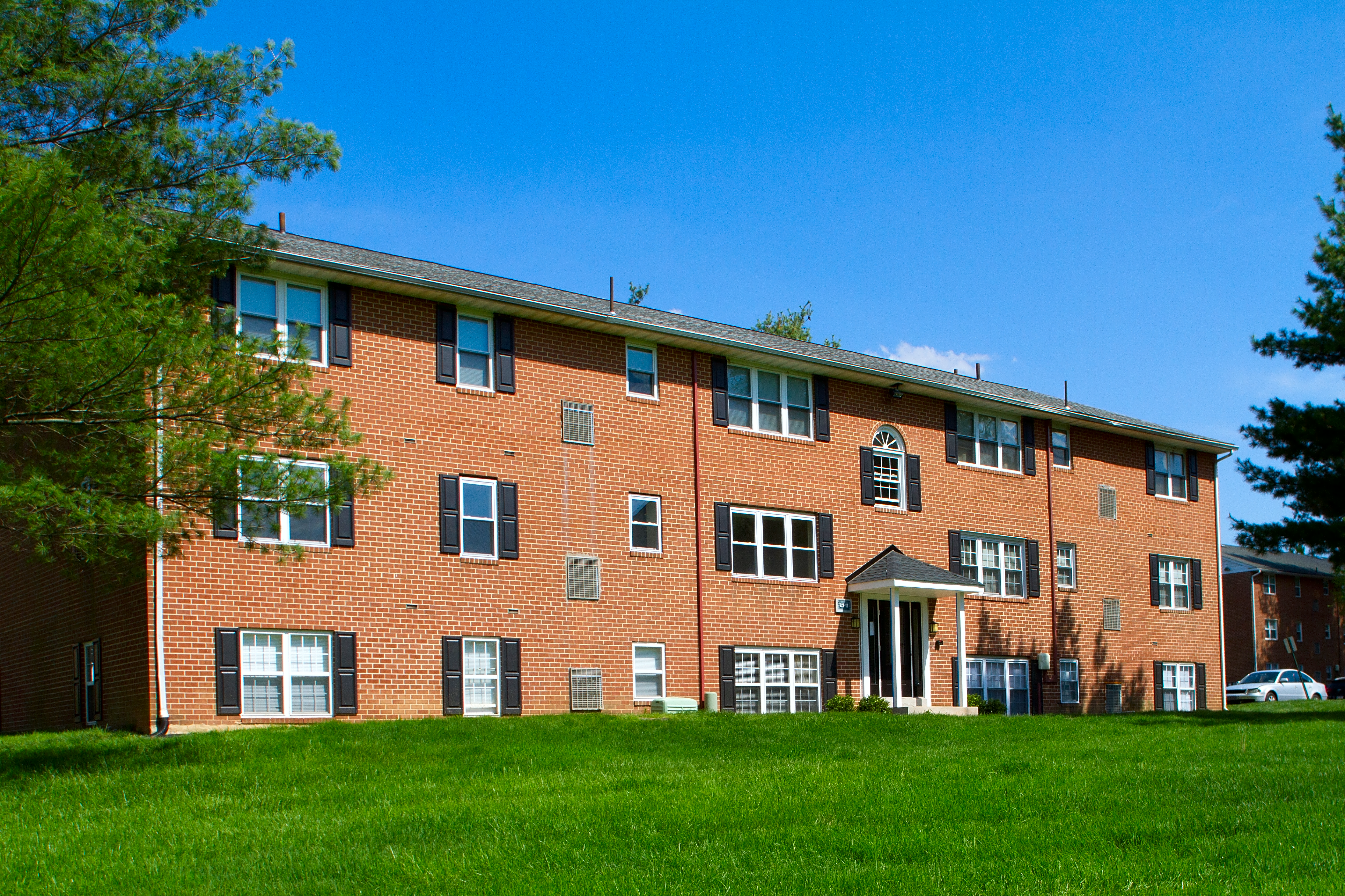 Apartments Near Neumann Willowbrook Apartments Boothwyn for Neumann College Students in Aston, PA