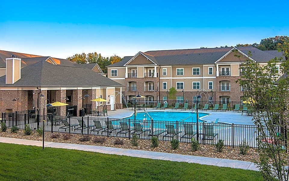 Apartments Near HPU Millis and Main for High Point University Students in High Point, NC
