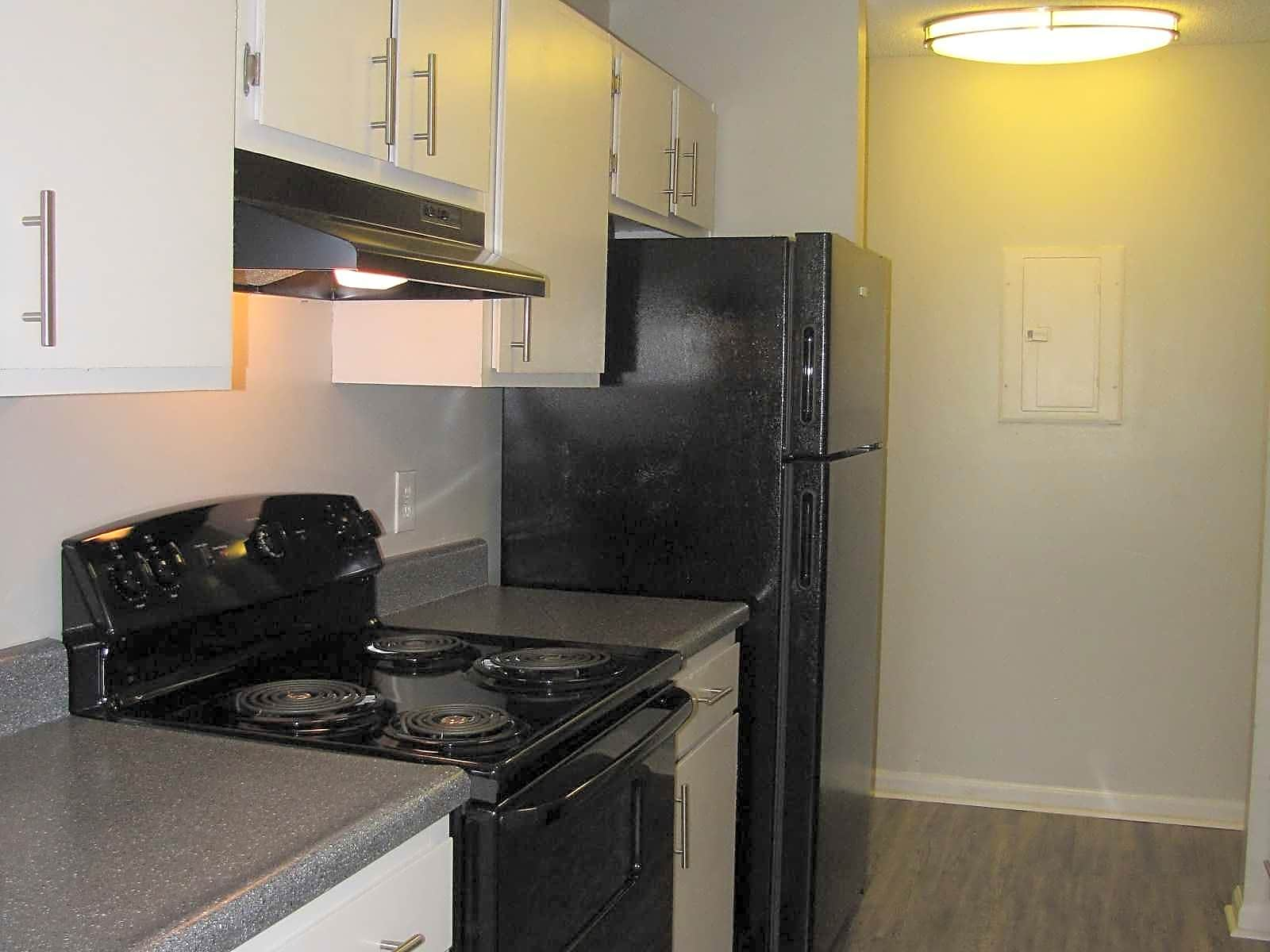 Apartments Near GCSU Pine Knoll for Georgia College & State University Students in Milledgeville, GA