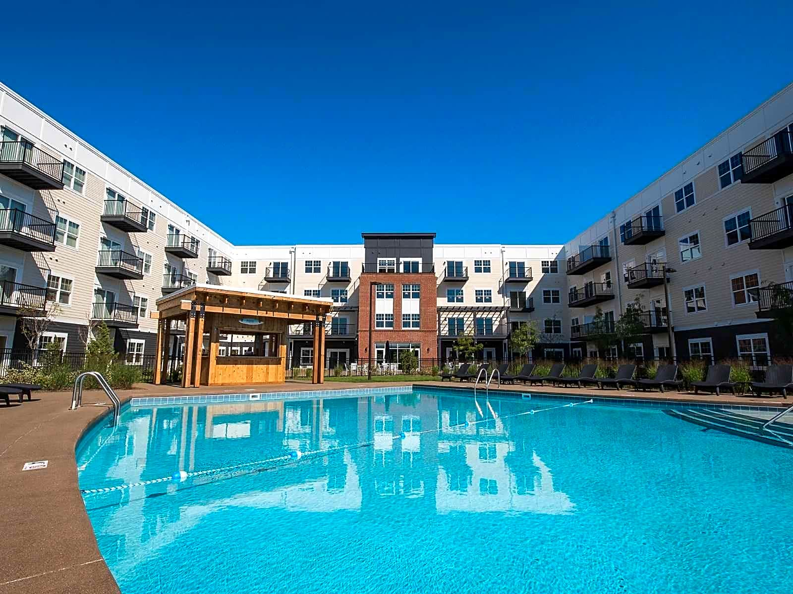 Apartments Near OWU Mirada for Ohio Wesleyan University Students in Delaware, OH