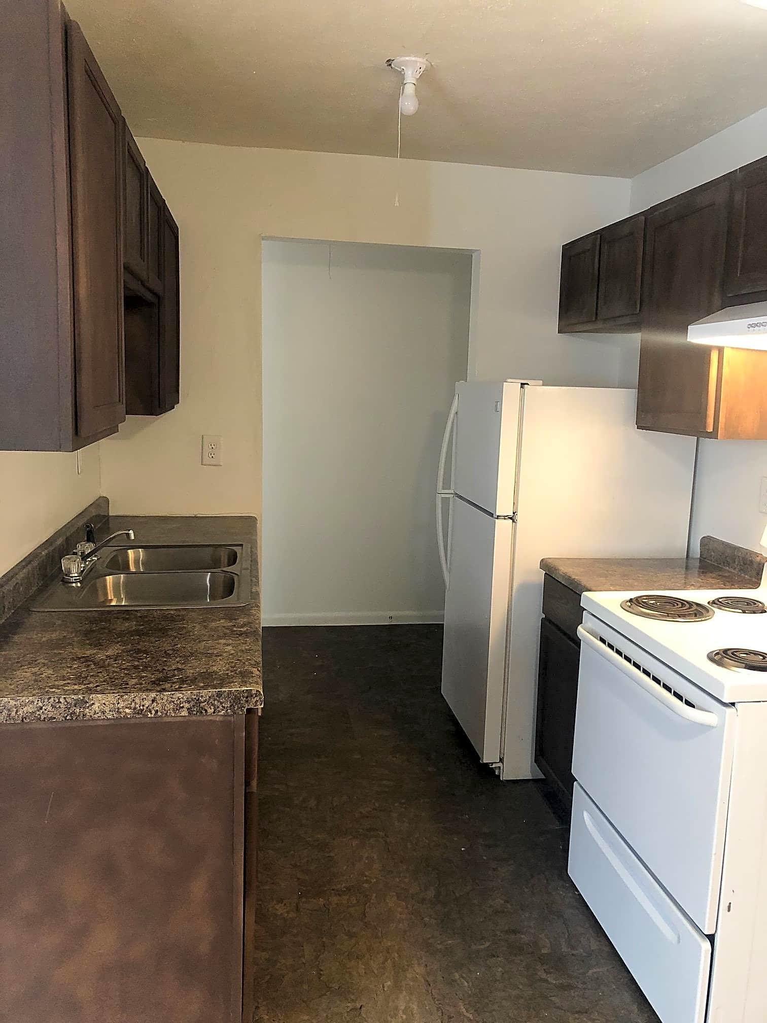 Apartments Near Earlham Genesis Apartments for Earlham College Students in Richmond, IN