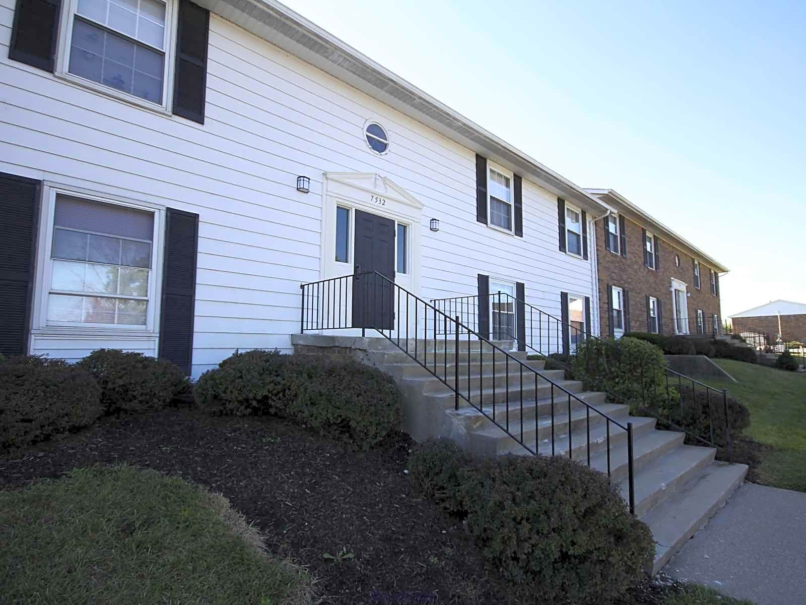 Village of Cross Creek Apartments - Florence, KY 41042