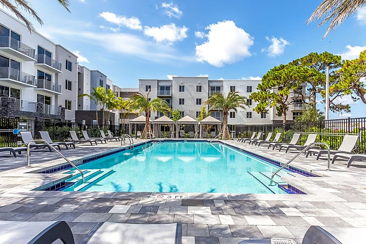 NSU Housing Metropolitan for Nova Southeastern University Students in Fort Lauderdale, FL