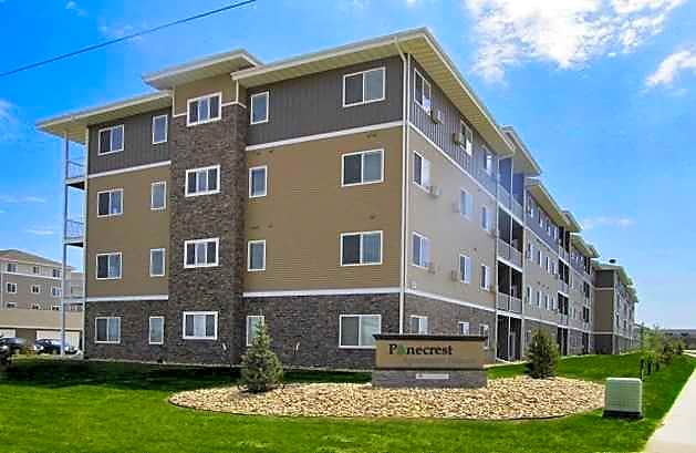Apartments Near NDSU Pinecrest Apartments for North Dakota State University Students in Fargo, ND