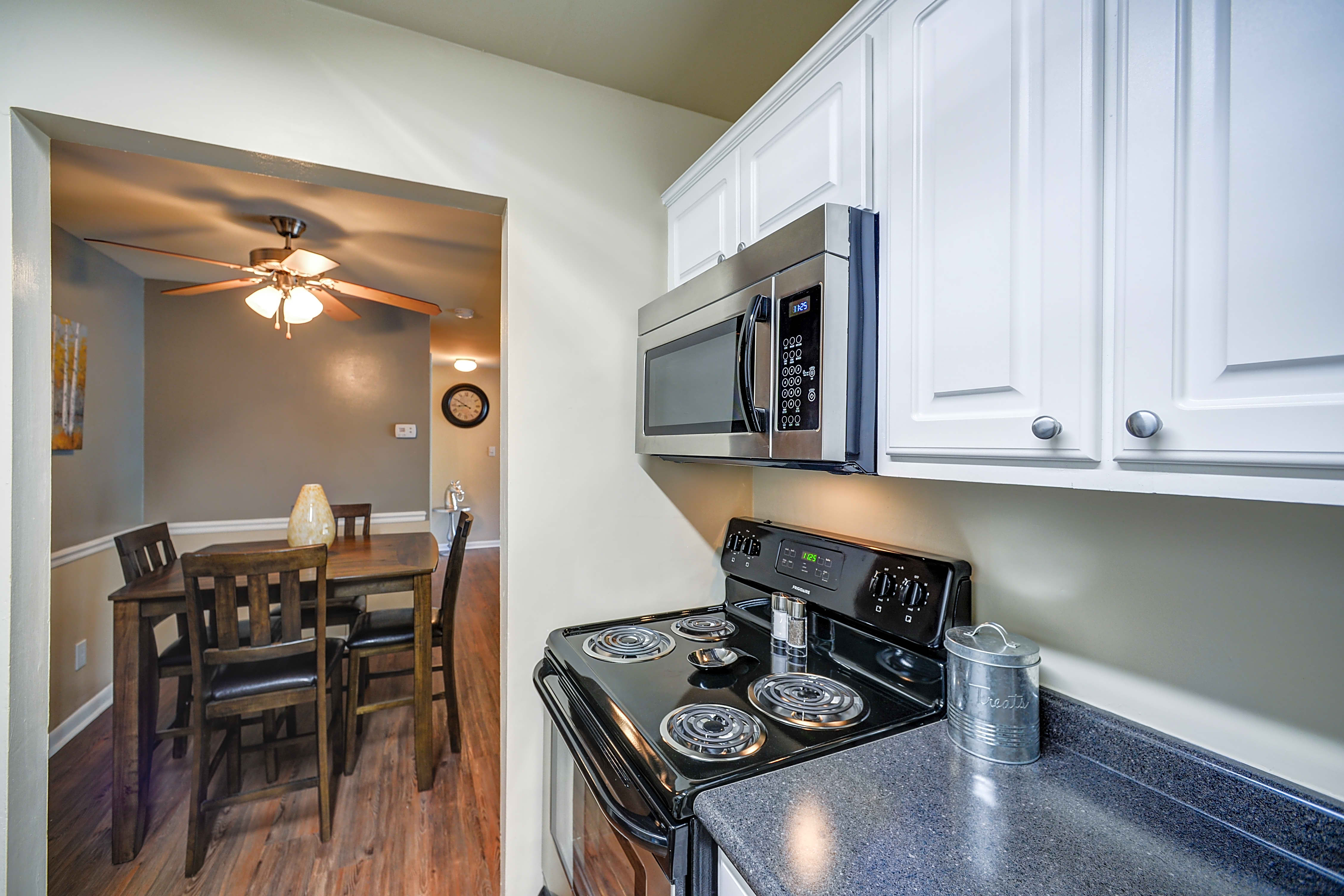 Apartments Near UNC PineGate for University of North Carolina Students in Chapel Hill, NC