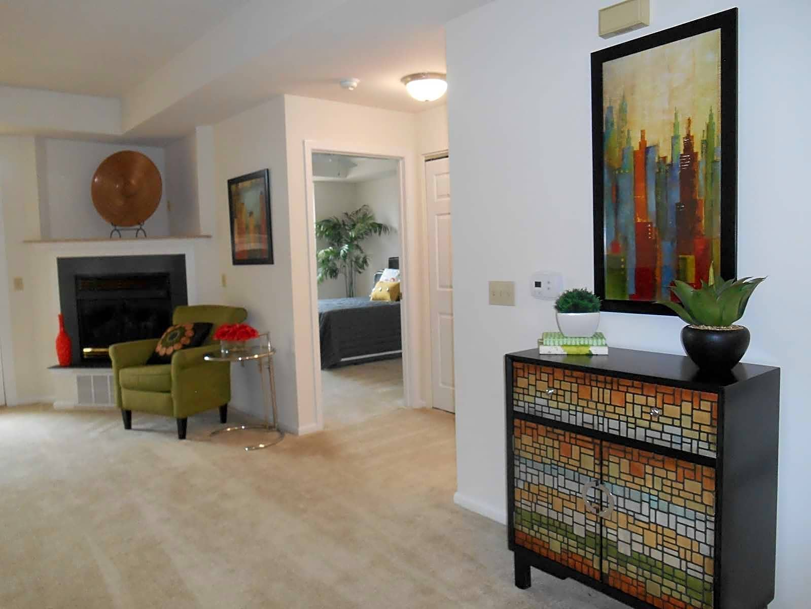 Foyer to Living Room with gas fireplace