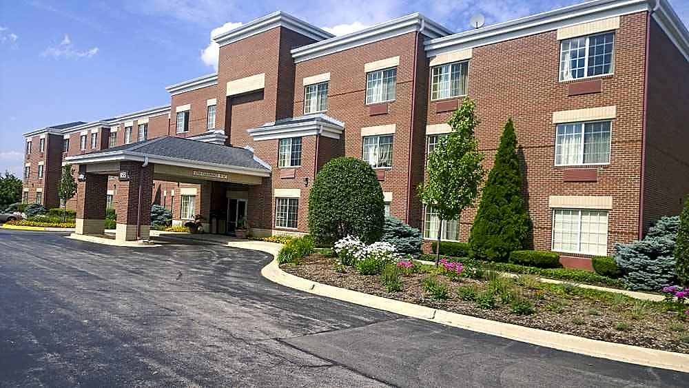 Apartments Near PCCTI IT and Healthcare Furnished Studio - Chicago - Westmont - Oak Brook for PCCTI IT and Healthcare Students in Oak Brook, IL