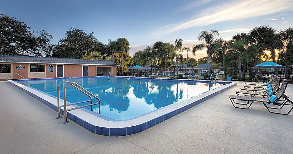 Apartments Near Florida Tech Reserves Of Melbourne for Florida Institute of Technology Students in Melbourne, FL