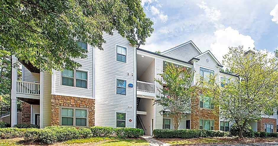 Apartments Near Reinhardt Park at Towne Lake for Reinhardt College Students in Waleska, GA