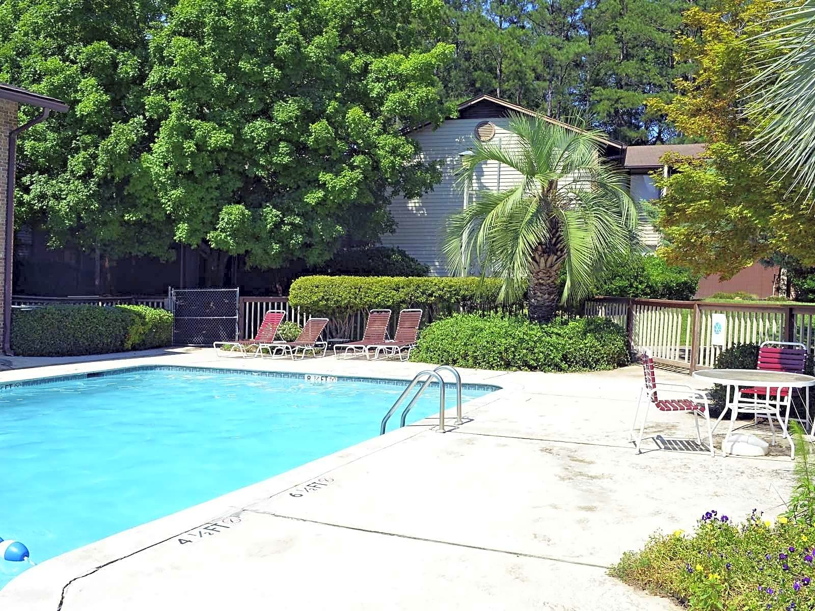Apartments Near UofSC Waters At Berryhill for University of South Carolina Students in Columbia, SC