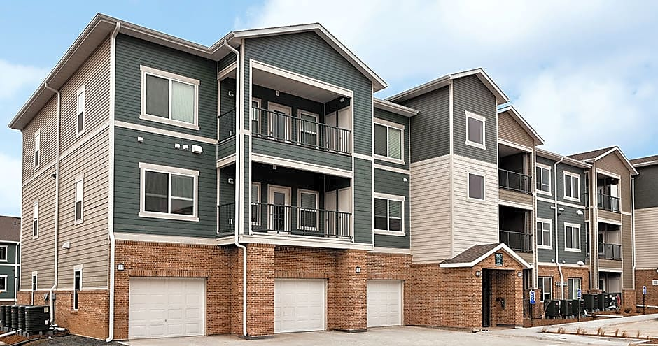 Apartments Near Bellevue Venue at Werner Park for Bellevue University Students in Bellevue, NE