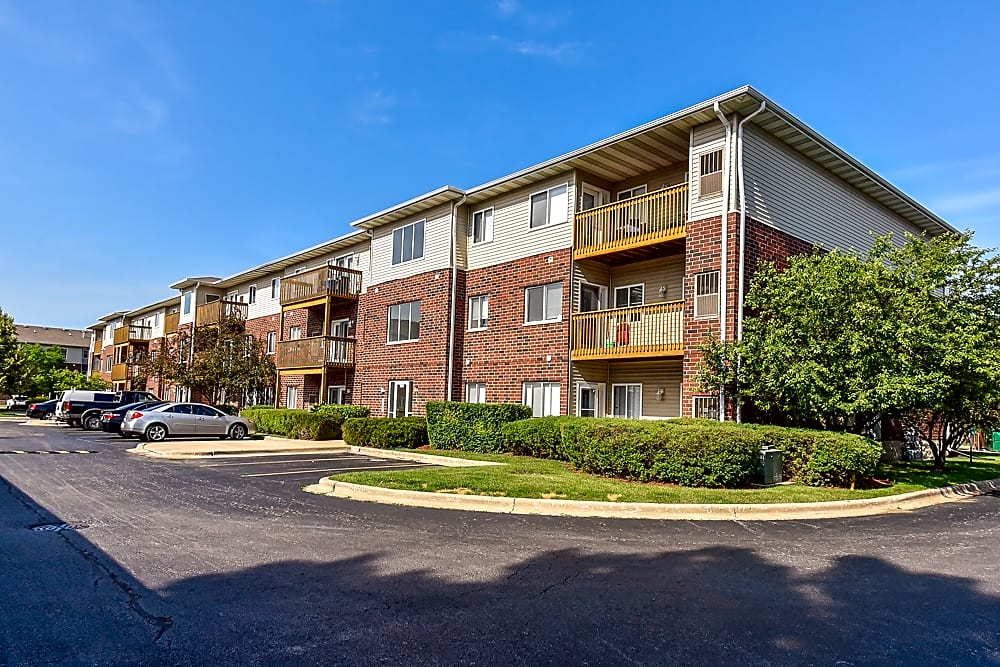 Apartments Near RFUMS Northgate for Rosalind Franklin University of Medicine and Science Students in North Chicago, IL
