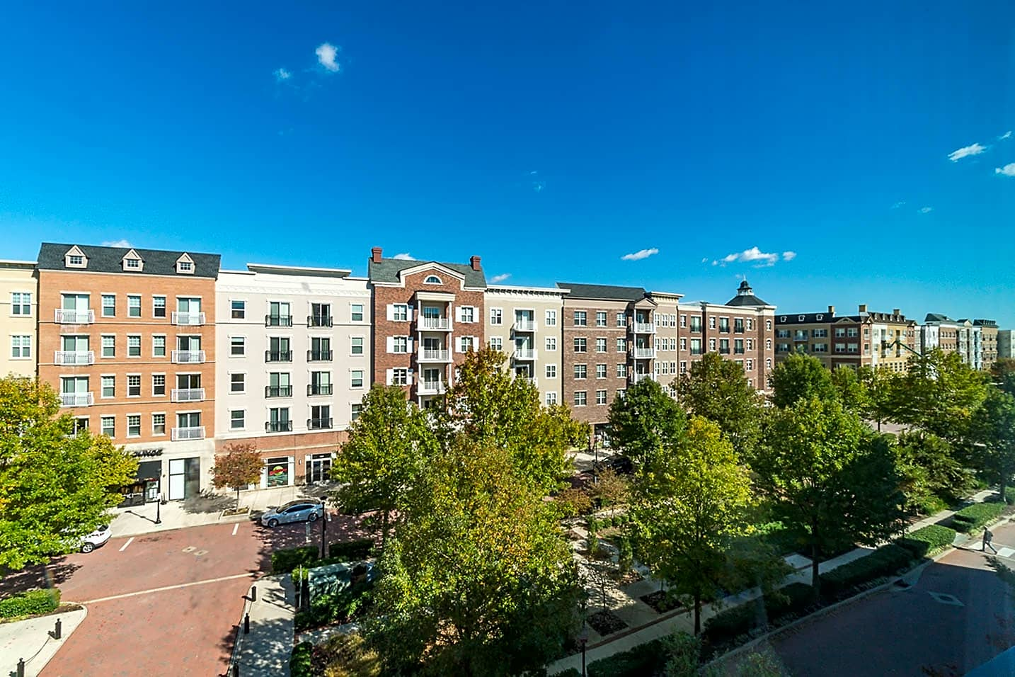 Apartments Near Randolph-Macon The Flats At West Broad Village for Randolph-Macon College Students in Ashland, VA