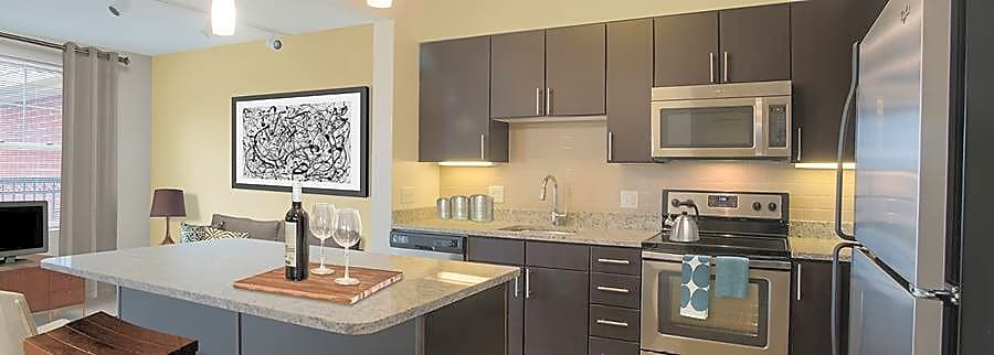Apartments Near FSC Avalon Natick for Framingham State College Students in Framingham, MA