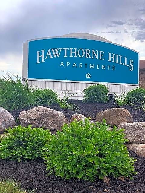 Apartments Near Stautzenberger College-Maumee Hawthorne Hills for Stautzenberger College-Maumee Students in Maumee, OH