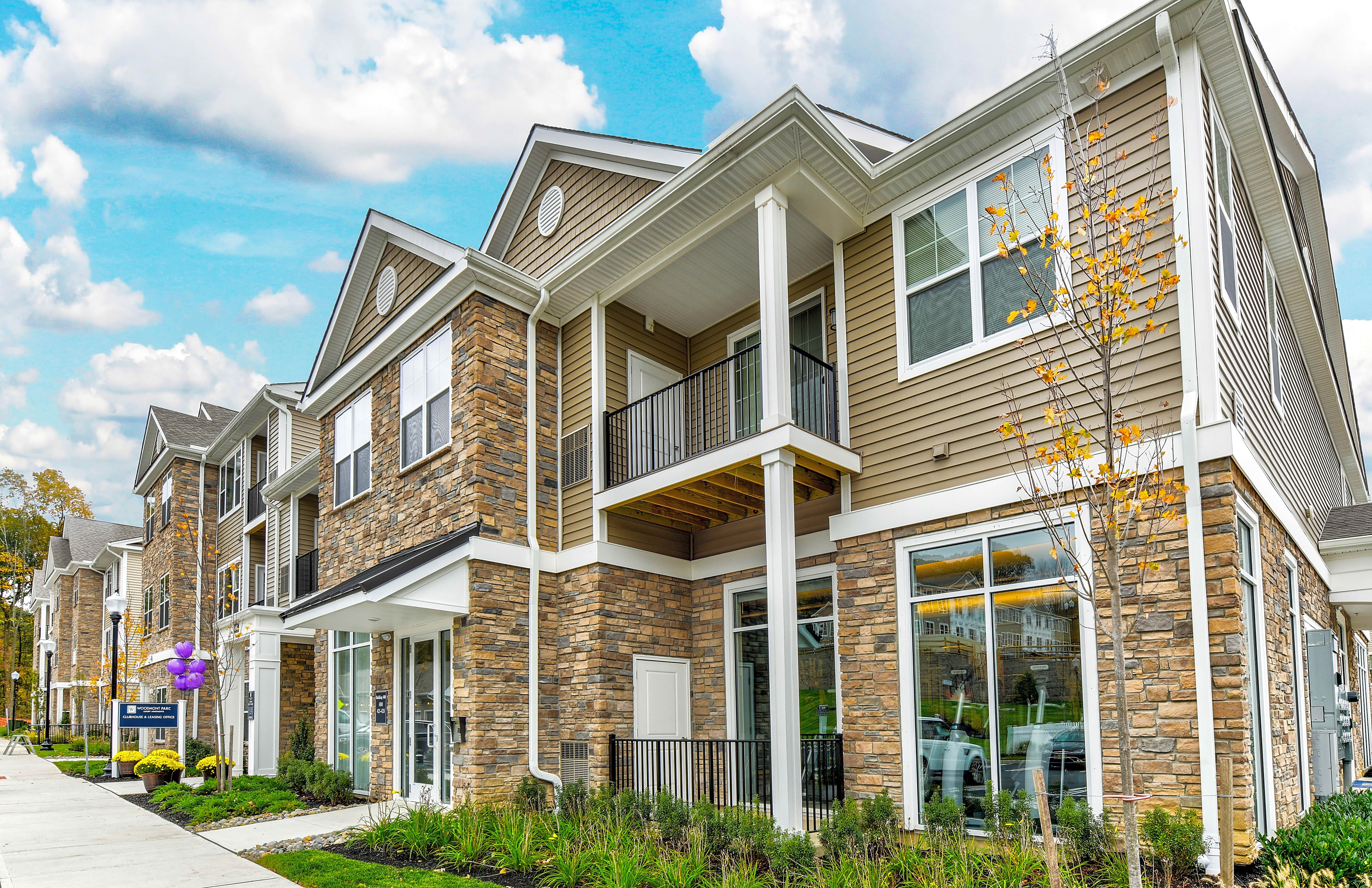 Apartments Near Centenary Woodmont Parc at Roxbury for Centenary College Students in Hackettstown, NJ
