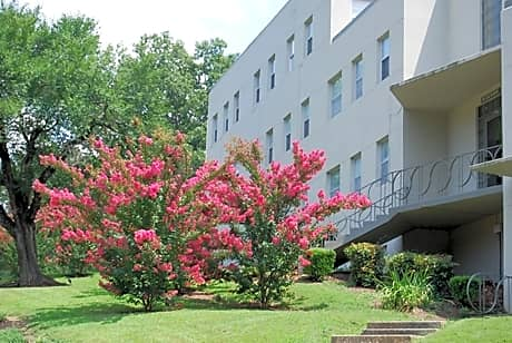 Photo: Anniston Apartment for Rent - $425.00 / month; 1 Bd & 1 Ba