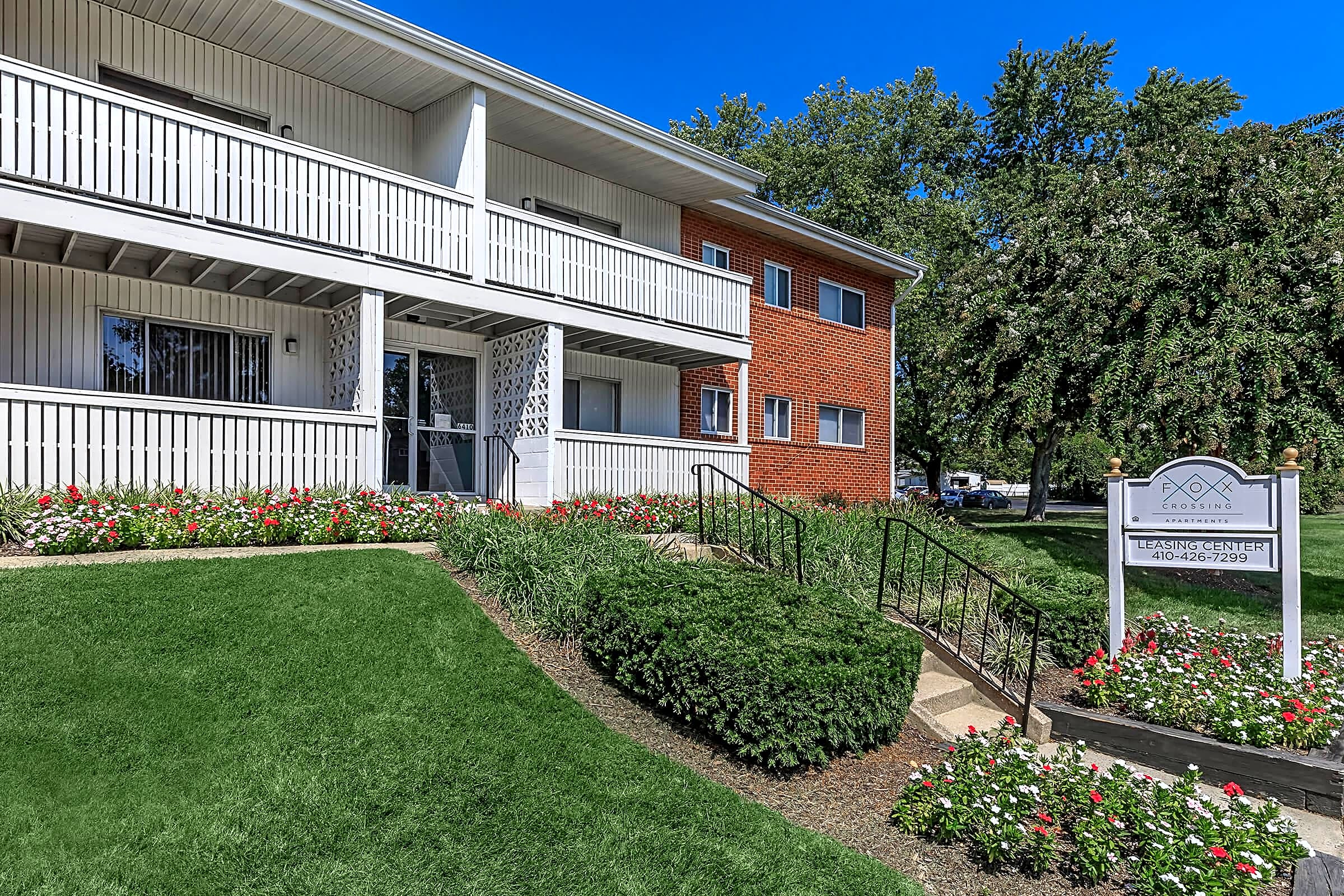 Apartments Near Towson University Fox Crossing for Towson University Students in Towson, MD