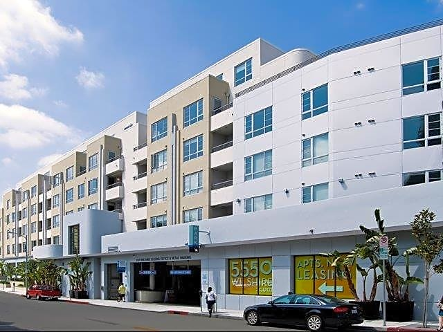 Premier location - Miracle Mile is surrounded by the best in culture, shopping, restaurants and entertainment