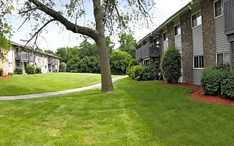 Waterfall Glen Condominiums for rent in Willowbrook