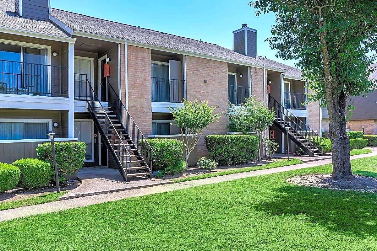 Apartments Near BC Brentwood Apartments for Brazosport College Students in Lake Jackson, TX