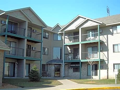 Photo: Coon Rapids Apartment for Rent - $1200.00 / month; 3 Bd & 2 Ba