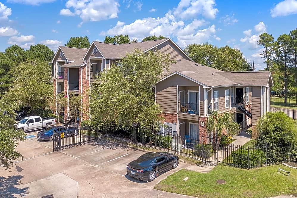Apartments Near Day Spa Career College The Lexington for Day Spa Career College Students in Ocean Springs, MS