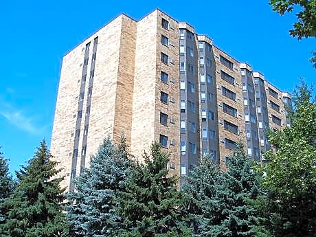 Rockwood Place Apartments for rent in St. Paul
