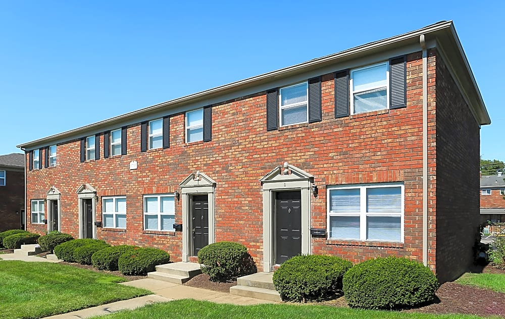 Apartments Near Central State Arlington Village Townhomes and Flats for Central State University Students in Wilberforce, OH