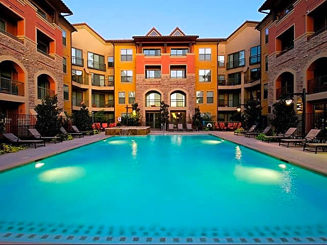 Apartments Near Eastfield College  Rockwall Commons for Eastfield College  Students in Mesquite, TX