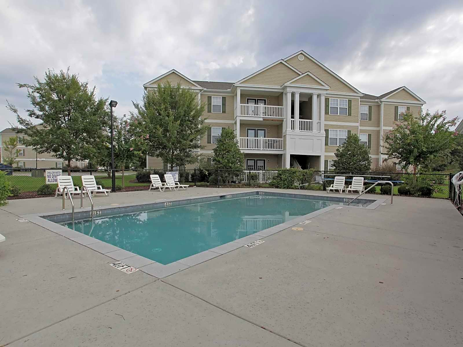 Apartments Near Francis Marion Somersett Acres for Francis Marion University Students in Florence, SC