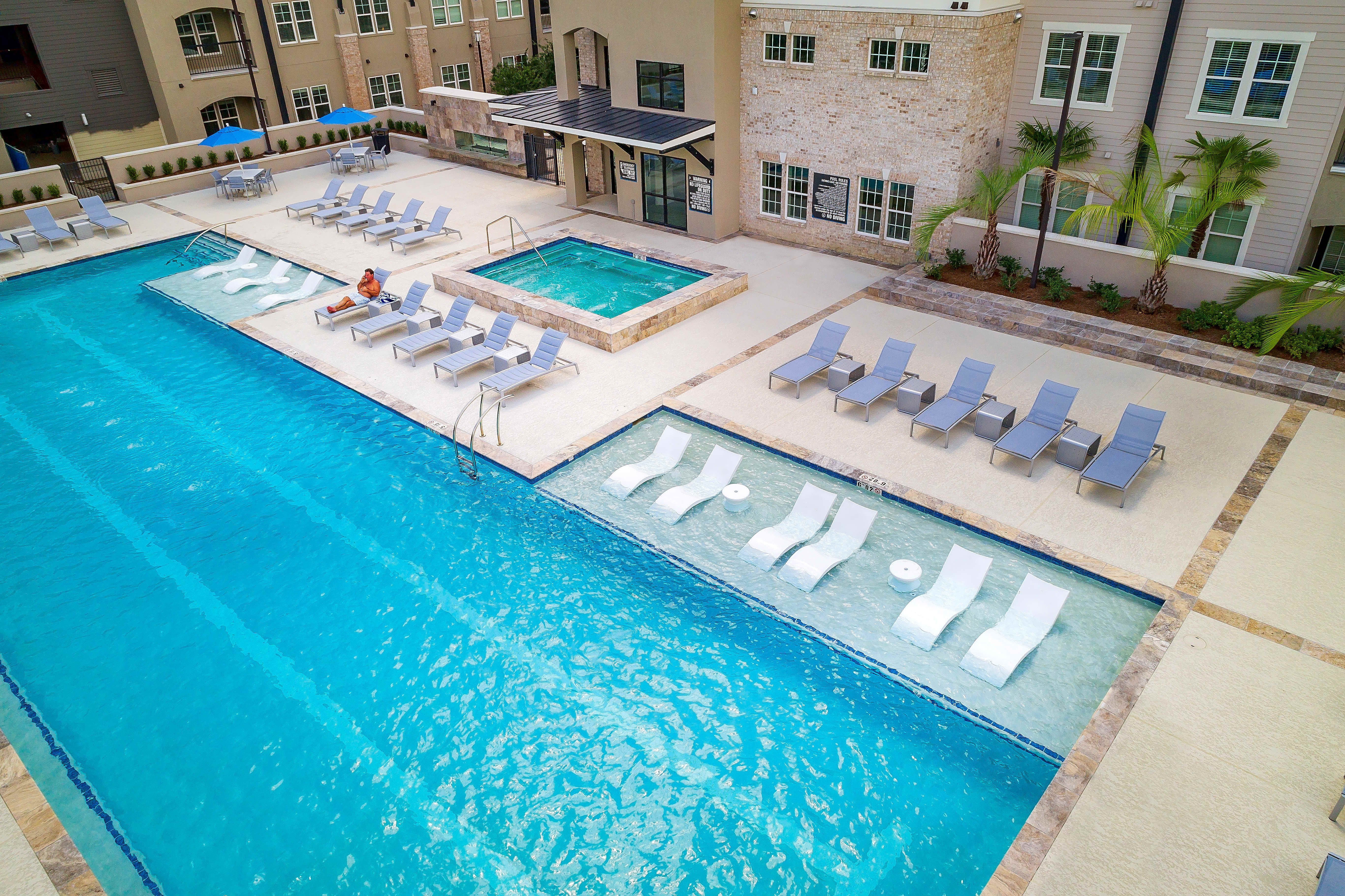 Apartments Near OLOLC Park Rowe Village for Our Lady of the Lake College Students in Baton Rouge, LA