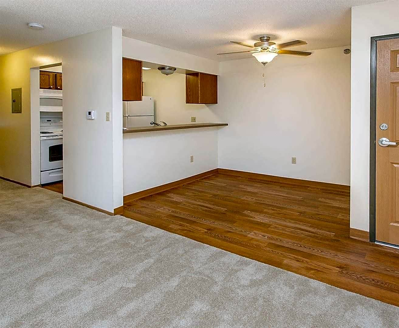 Photo: Des Moines Apartment for Rent - $655.00 / month; 2 Bd & 1 Ba