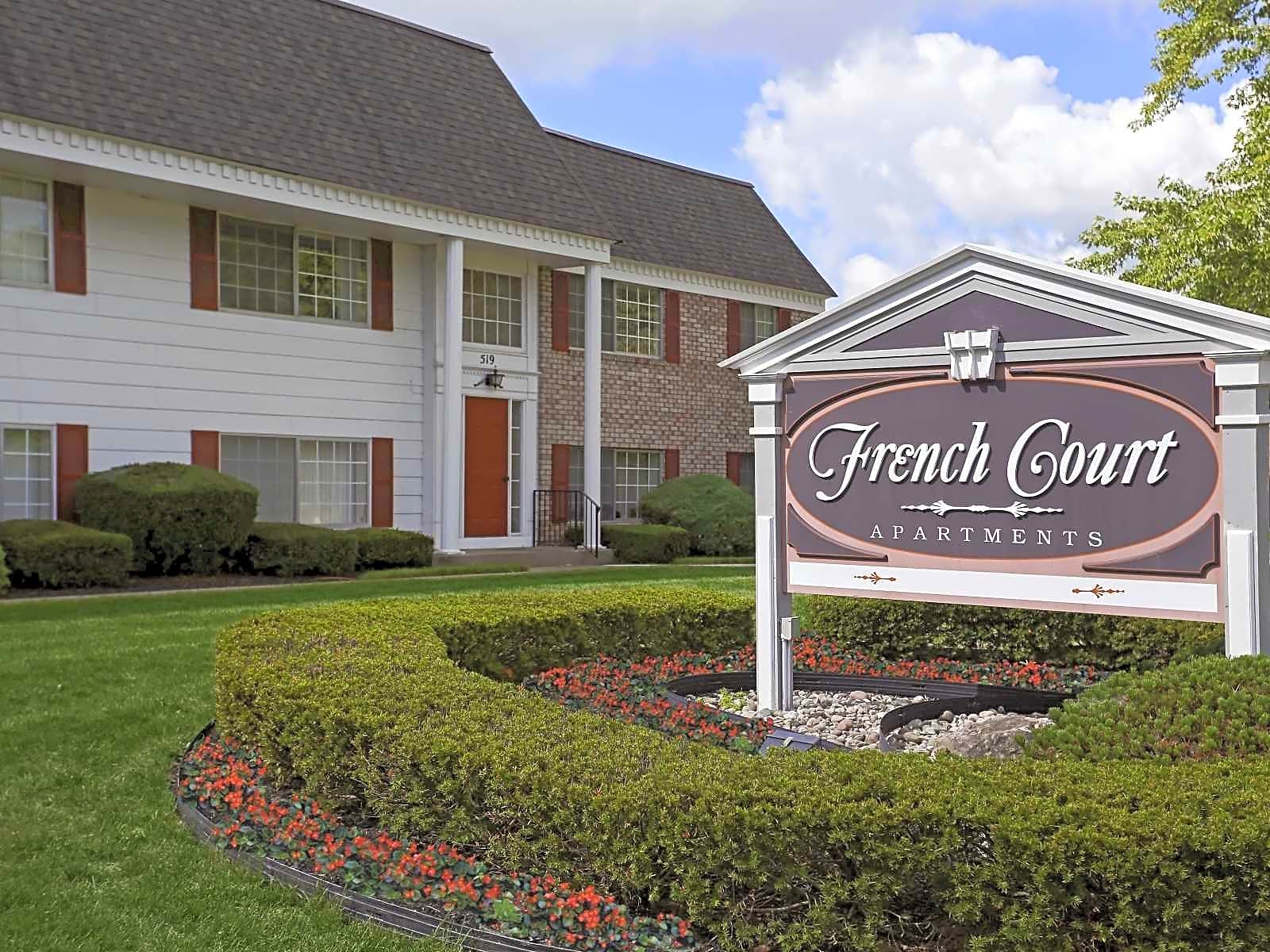 Apartments Near Fisher French Court for Saint John Fisher College Students in Rochester, NY
