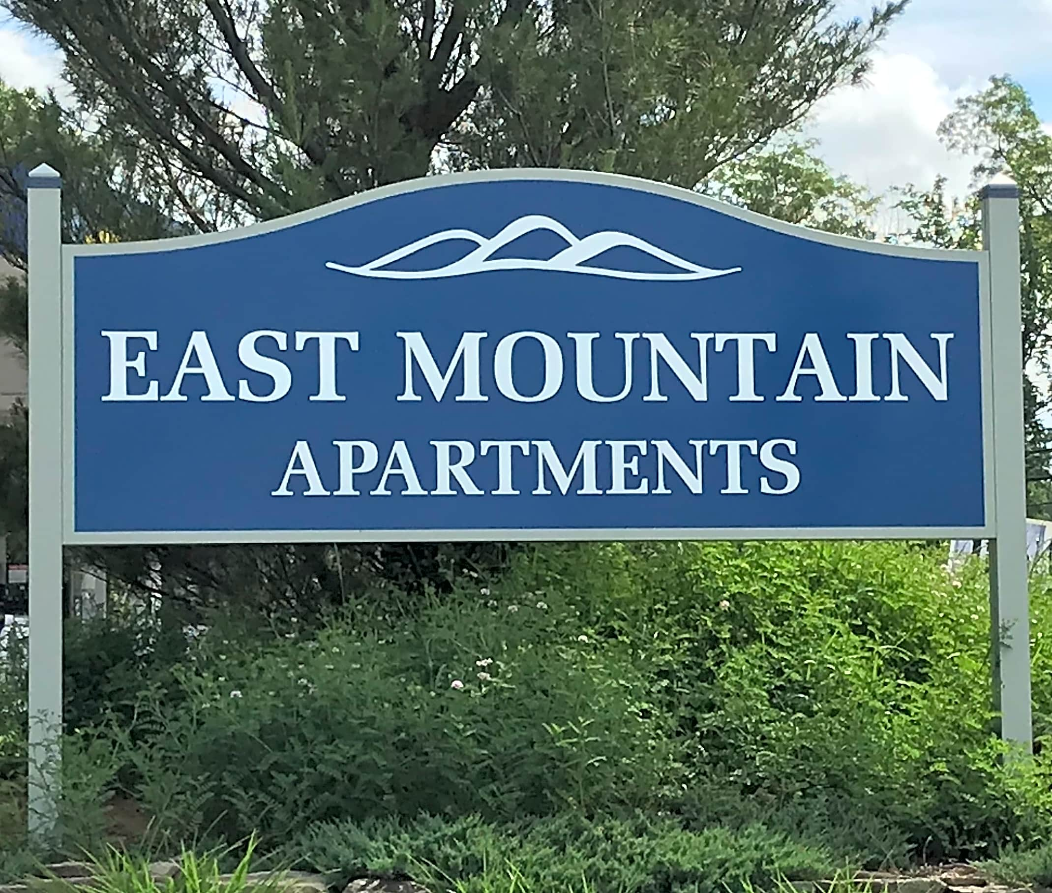 Apartments Near King's East Mountain Apartments for King's College Students in Wilkes Barre, PA