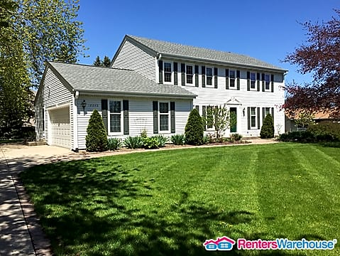 House for Rent in Brookfield