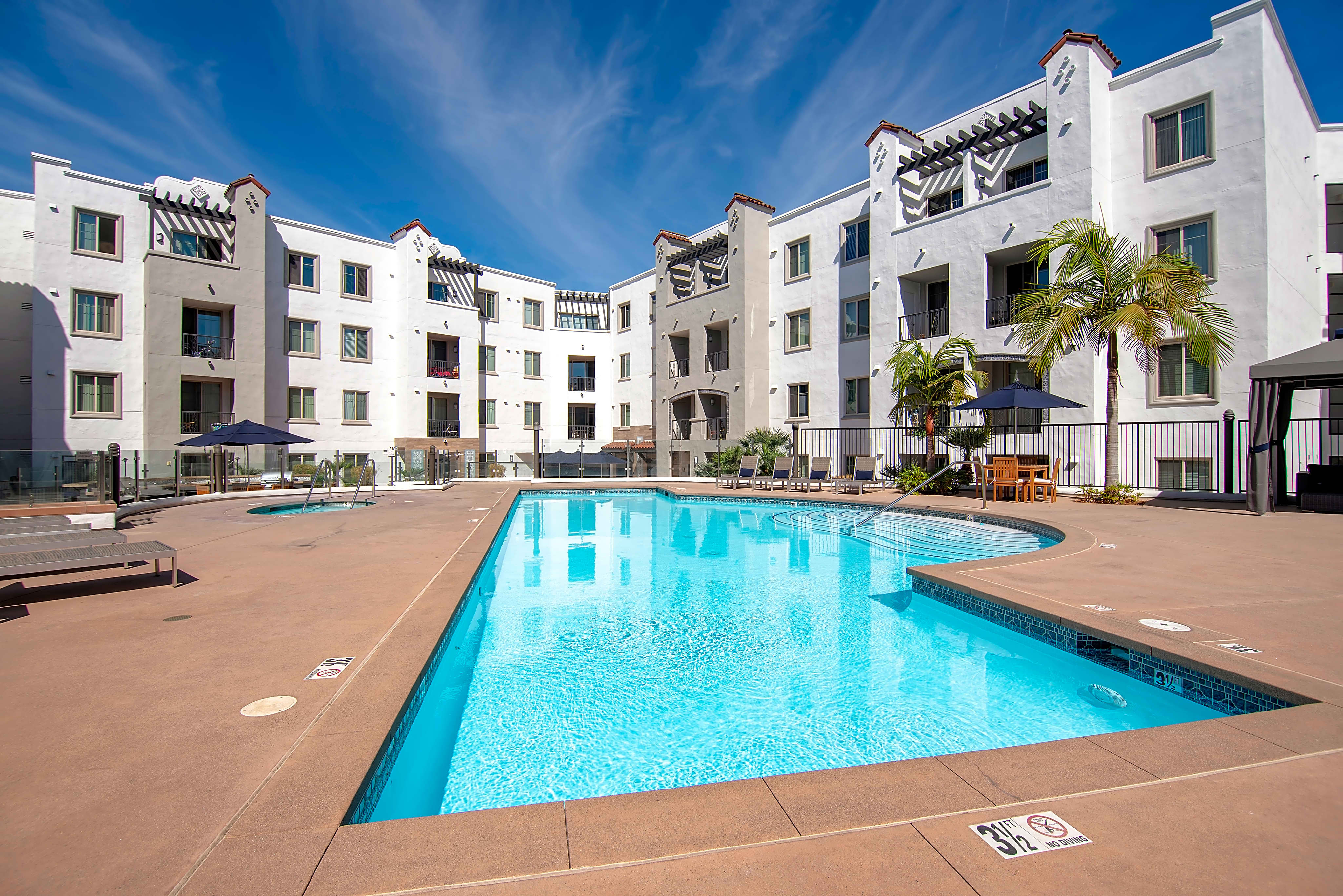 Apartments Near National University Arrive at Mission Valley for National University Students in San Diego, CA