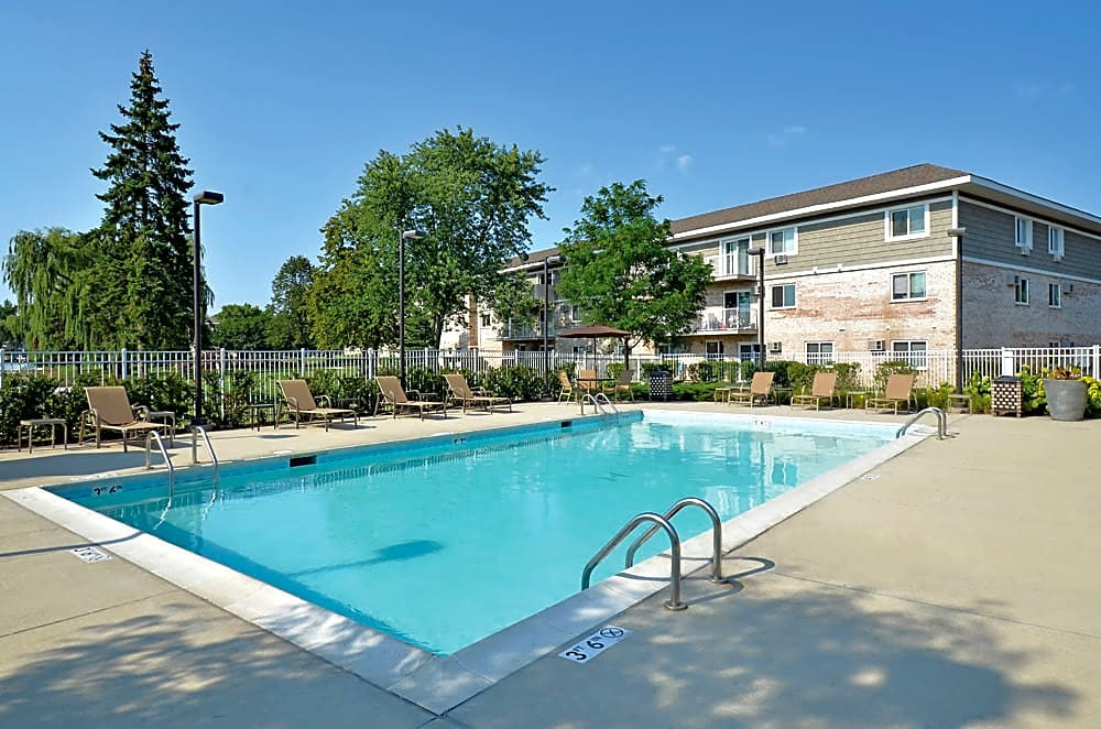 The Gates Of Deer Grove Apartments Palatine Il 60067