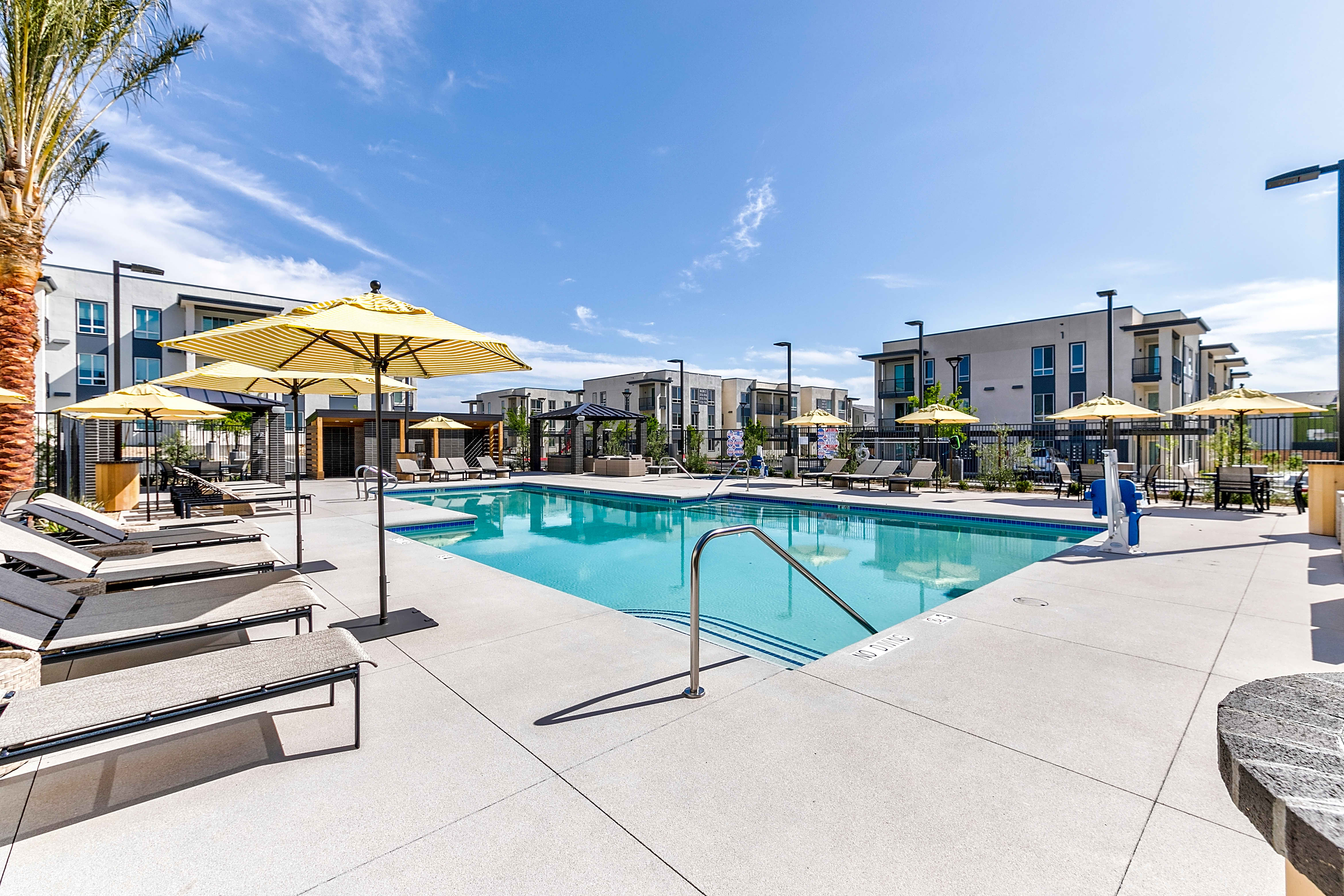 Apartments Near UNLV Pace for University of Nevada-Las Vegas Students in Las Vegas, NV