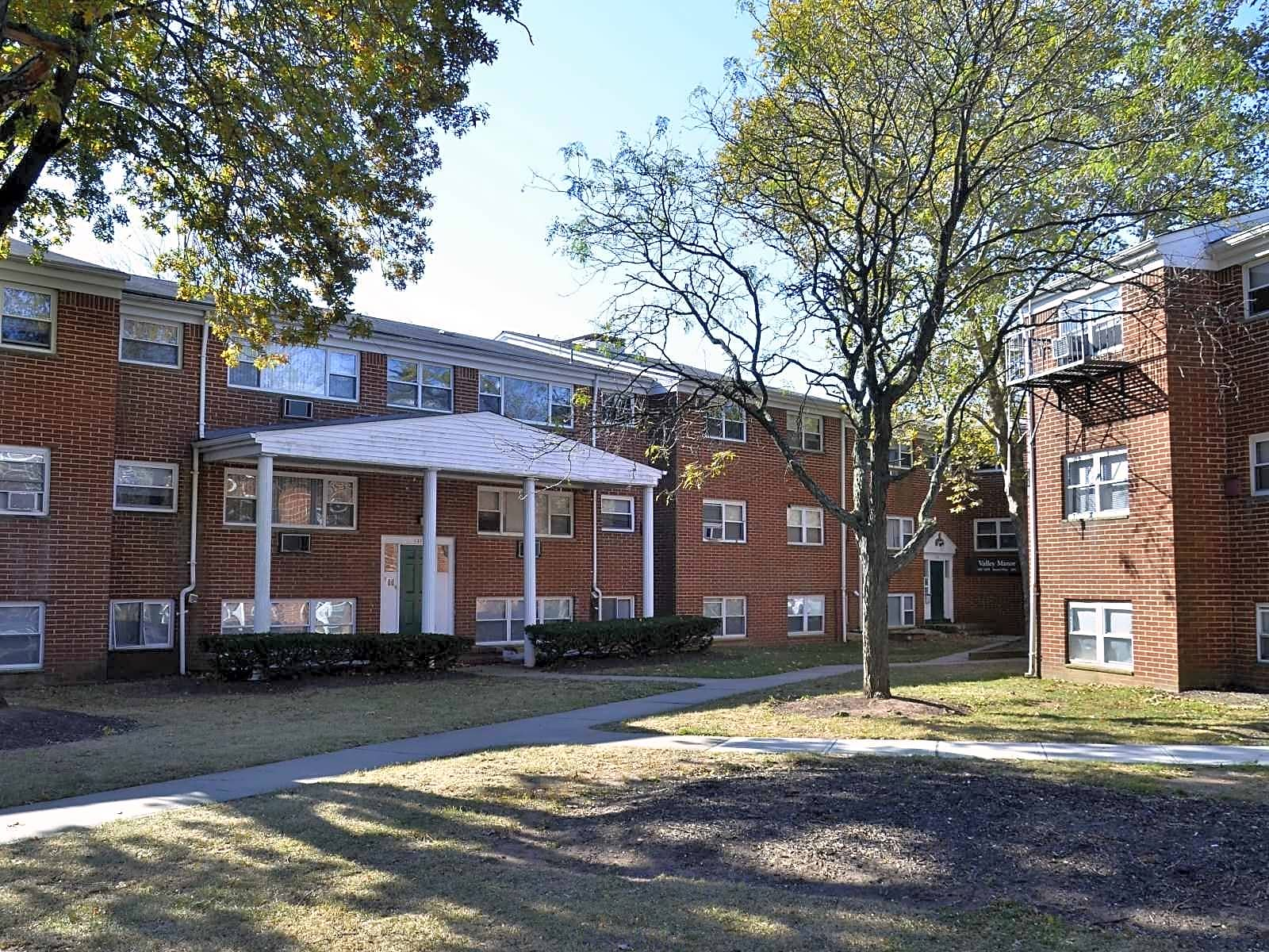 Valley manor luxury apartments edison nj 08817 - 2 bedroom apartments in linden nj for 950 ...