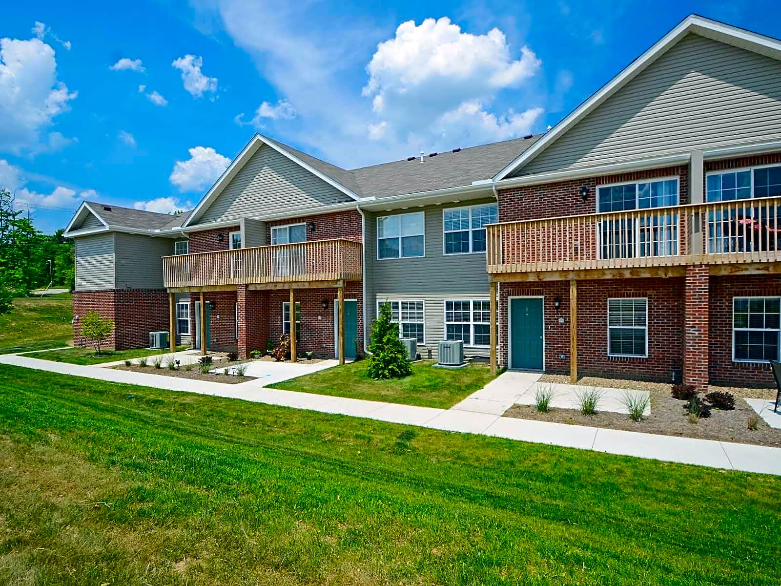 Ashton Place Townhomes Apartments Wadsworth Oh 44281