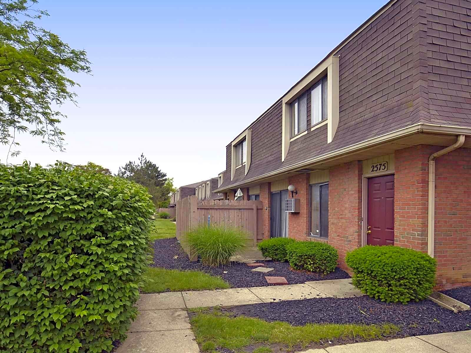 Apartments Near Capital Heather Glen Townhomes for Capital University Students in Columbus, OH