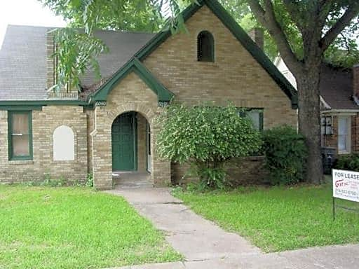 Duplex for Rent in Dallas
