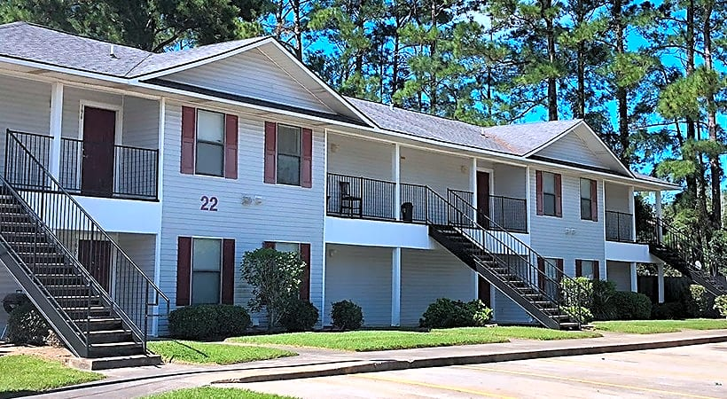 Apartments Near McNeese Fifth Avenue Apartments for McNeese State University Students in Lake Charles, LA