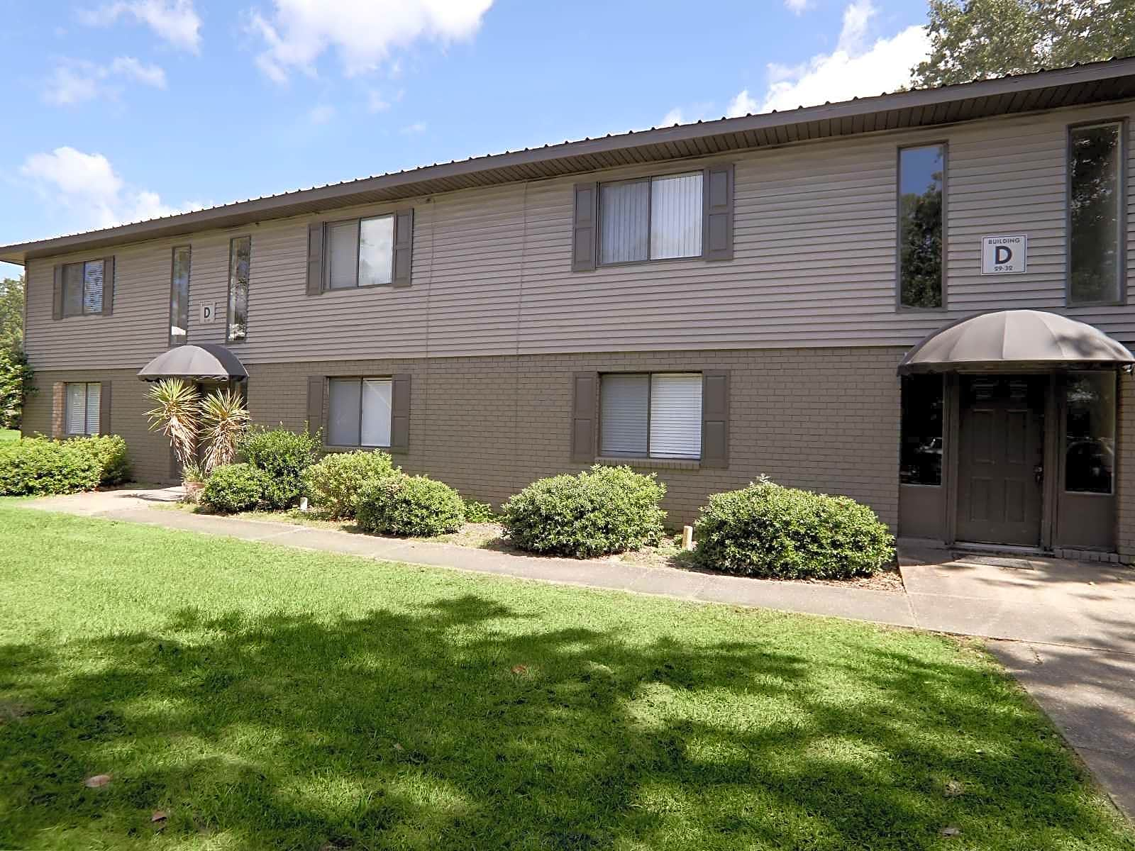 Apartments Near UWF Atwood Oaks for University of West Florida Students in Pensacola, FL
