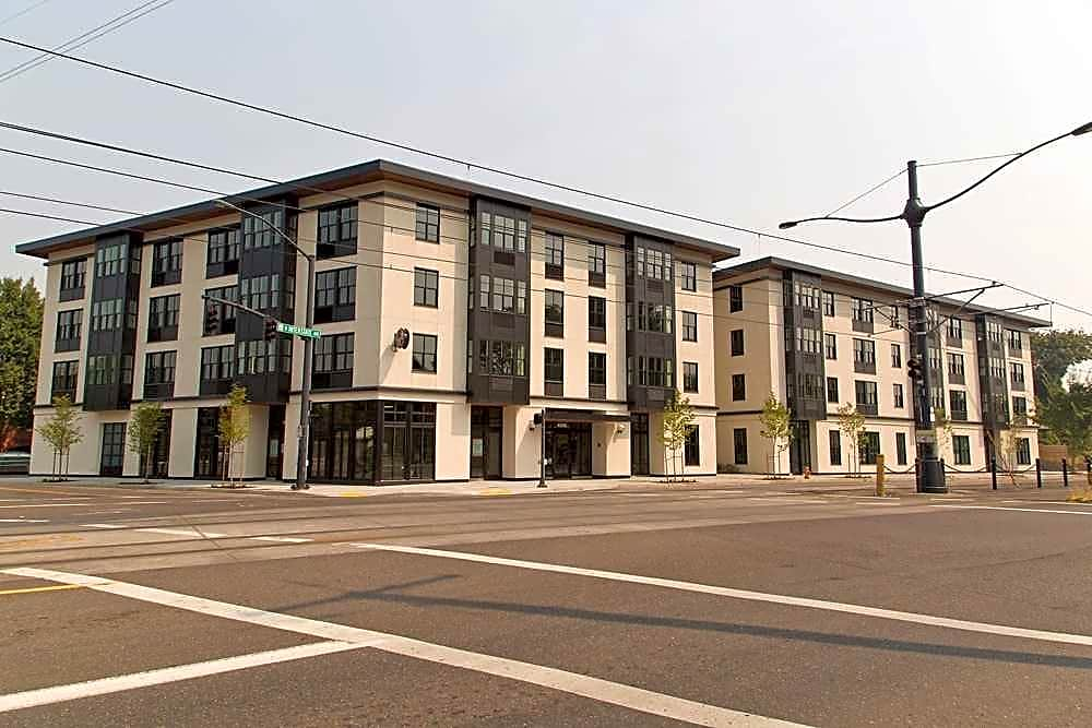 Apartments Near Clark Northwood for Clark College Students in Vancouver, WA