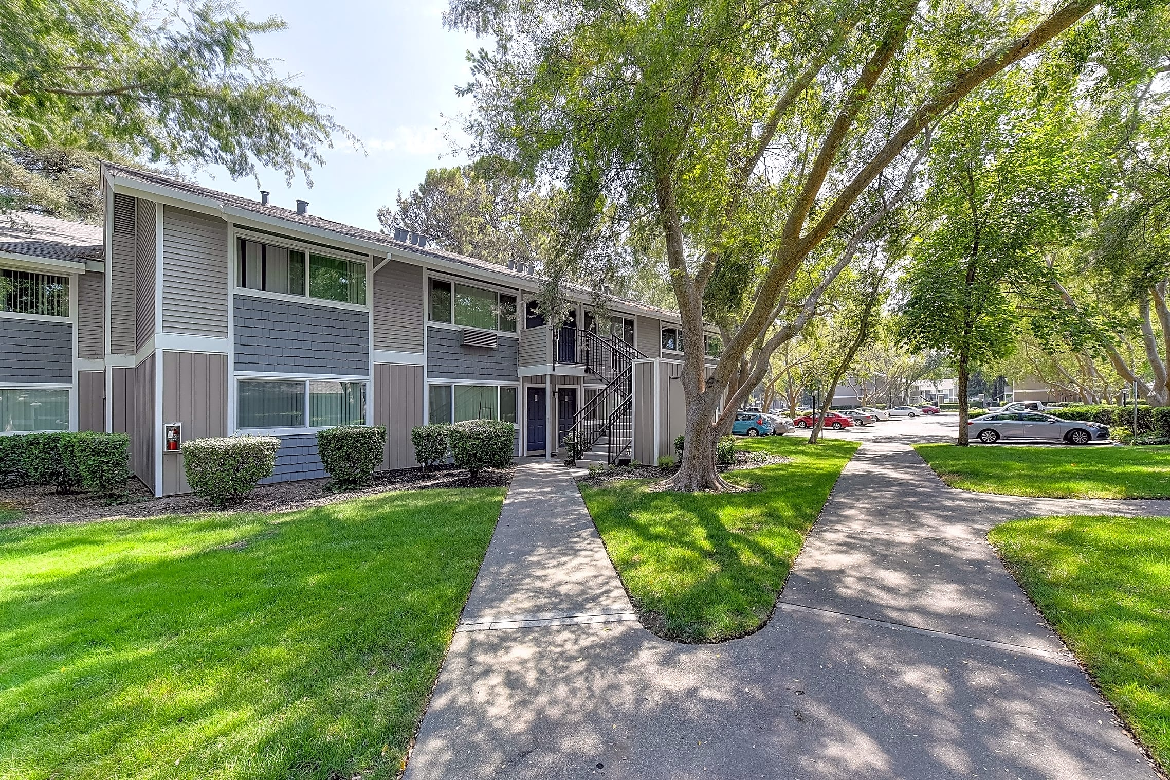 Apartments Near Davis Pinecrest for Davis Students in Davis, CA