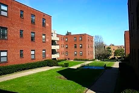 Photo: Pittsburgh Apartment for Rent - $1430.00 / month; 3 Bd & 1 Ba