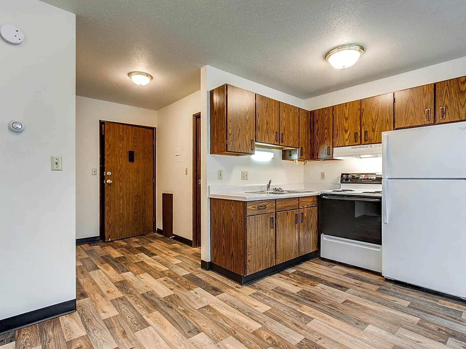 Apartments Near NDSU Summerset Apartments for North Dakota State University Students in Fargo, ND